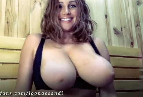 El mejor Titty Drop de Loona Scandi