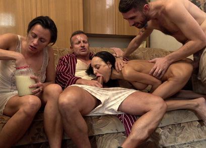 Perverse Family, ¡fuera tabús en el porno!